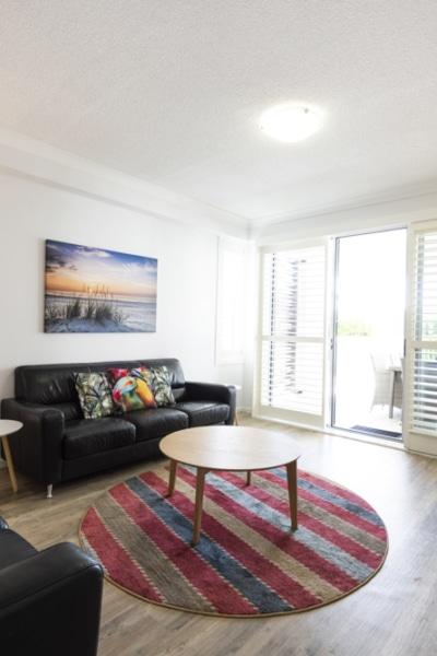 loungeroom apartment marina hotel
